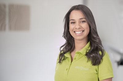 Lara Ayres Da Silva